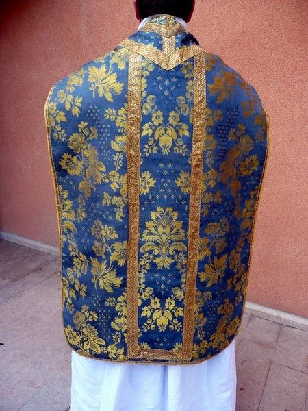 "lordlavendre: "" A blue Marian chasuble from Lyon, France. """