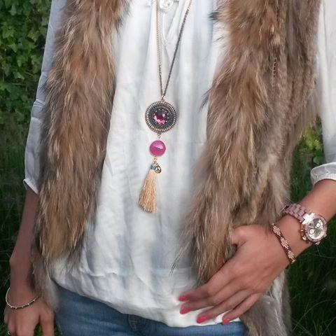 Yfyjewels heeft sinds kort ook kettingen in de collectie. Hiermee fleur je een simpele outfit gemakkelijk op.