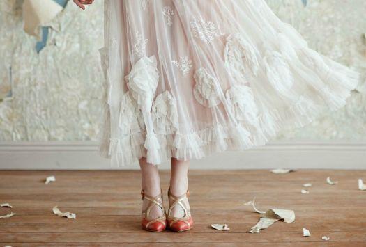 http://www.zankyou.it/g/abiti-da-sposa-midi-il-glamour-degli-anni-50