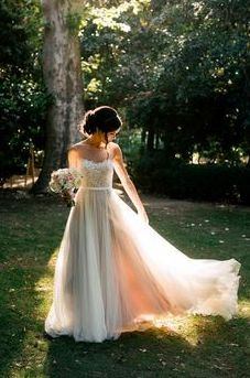 Tulle sweetheart wedding gown