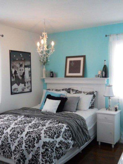 A fireplace mantle as a headboard! Why not, looks quite good! Bedroom ideas: three tips for a quick makeover   Decorazilla Design Blog