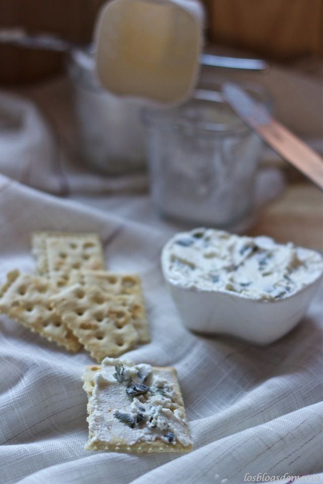 Crema de queso con pipas de calabaza