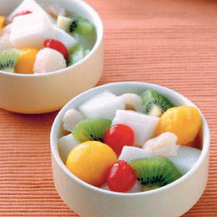 Easy Dessert Recipe for Almond Jelly with Fruits