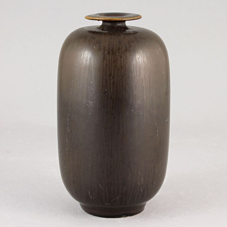 Berndt Friberg (1959) Unique Chocolate Brown Haresfur Vase