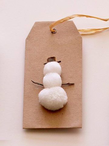 Frosty makes for an adorable gift tag! More easy Christmas gift tags: http://www.bhg.com/christmas/gift-wrapping/easy-gift-tags-and-gift-toppers/?socsrc=bhgpin103012frostygifttag#page=2