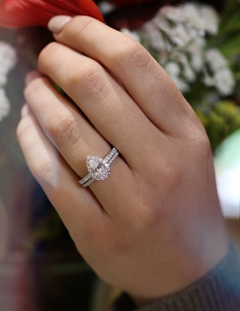 Classic Pear Shaped Diamond Engagement Ring with Diamond Wedding Band.
