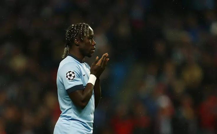 Manchester City's Bacary Sagna selects his ultimate dream team XI. http://www.squawka.com/news/manchester-citys-bacary-sagna-selects-his-ultimate-dream-team-xi/272443 #mcfc #epl #soccer #football