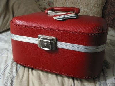 A Junkee Shoppe Junk Market Stop: AMERICAN TOURISTER Red Travel Train Hard Case Luggage ... For Sale Click Link Here To View >>>> http://ajunkeeshoppe.blogspot.com/2016/01/american-tourister-red-travel-train.html
