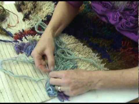 Rya rug weaving! Haha!! Vi kan da prøve igen. Nu da alle 70'er- tingene kommer frem igen, så må  RYA blive det næste store :)
