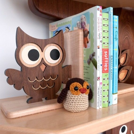 Wooden Owl Bookend: Heirloom Kids Wood Bookend Nursery Children