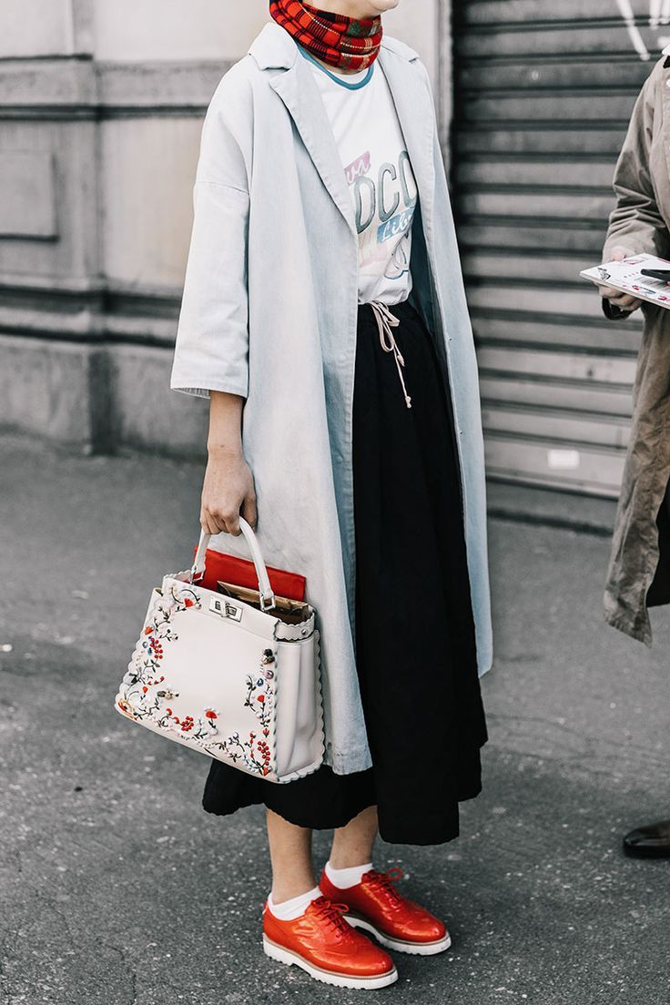 Cool yet classy look... | Street Style