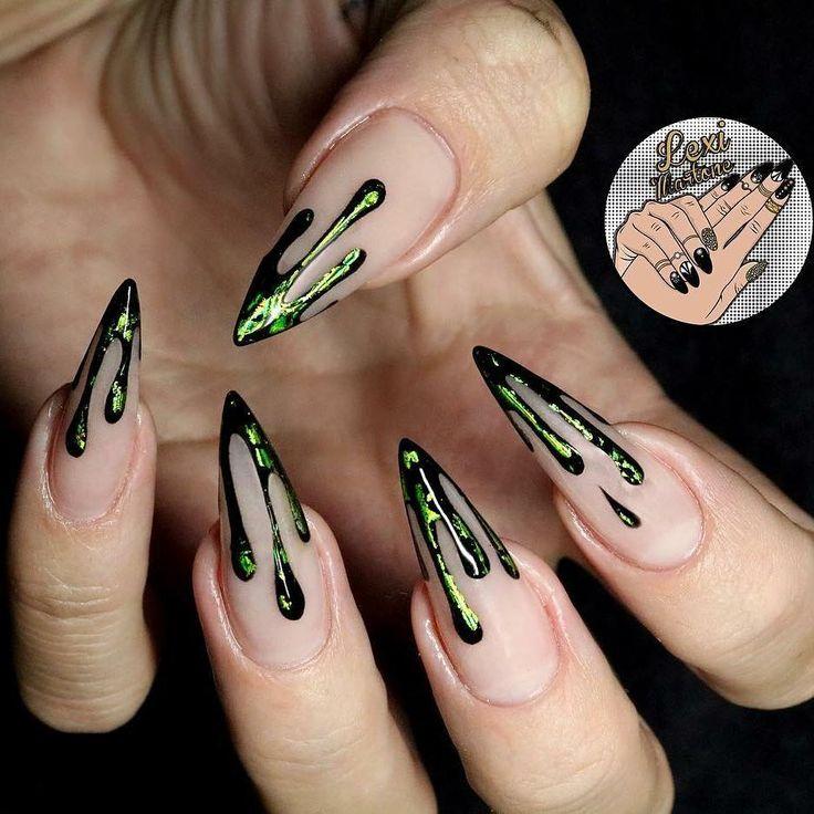 Nail art di Halloween: le unghie horror del 2017