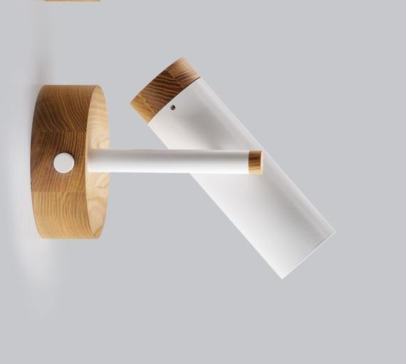 Diese Moderne Und Prazise Sconse Lampe Wird Ein Wahres Juwel Ihrer Einrichtung Werden Es Modern Sconce Lighting Scandinavian Wall Sconces Modern Ceiling Light