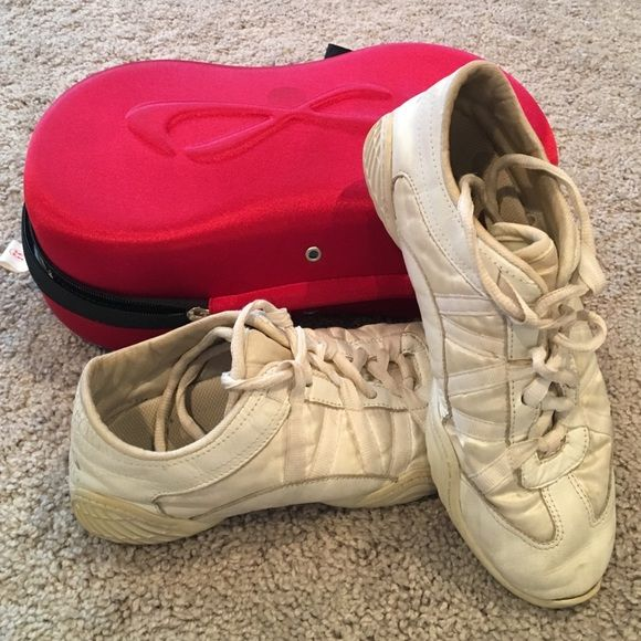 how to clean nfinity evolution cheer shoes