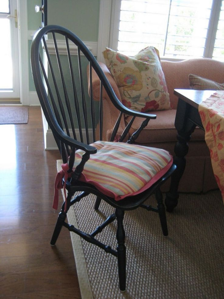 Windsor Chair With Stripes Pad Ways To Upholster Windsor Chairs Check more at http://www.wearefound.com/ways-to-upholster-windsor-chairs/