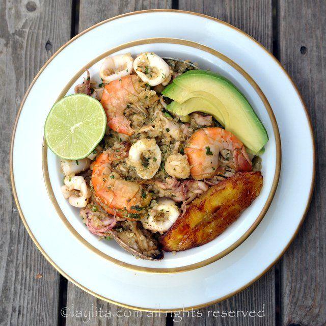 Seafood quinoa or quinoa paella {Quinua marinera}