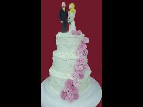 Cómo modelar figuras de novios de azúcar y hacer tarta, torta de boda, de fondant.