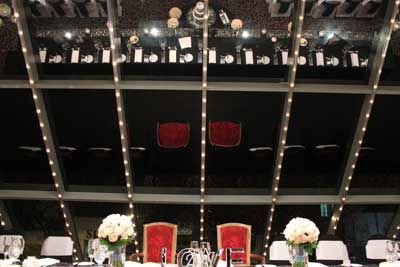 Love black table cloths for a bridal table during winter! So elegant