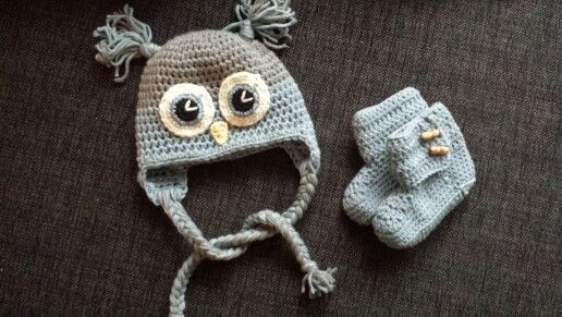 Crochet owl hat and babyboots :)