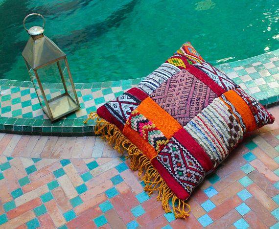 Kilim pillow case. by HandiraBlankets on Etsy