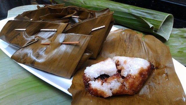 IWEL IWEL (Ketan kelapa isi gula jawa)