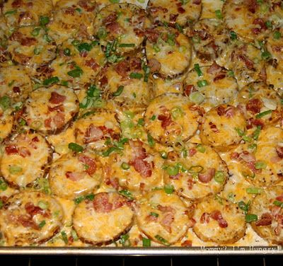 Loaded Baked Potato Rounds.: Potatoes Slices, Baked Potatoes, Side Dishes, Recipe, Twice Baking Potatoes, Cheesy Ovens Potatoes, Potatoes Skin, Loaded Baking Potatoes, Baking Potatoes Round