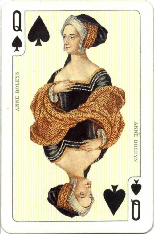 De derde wens: de vrouw wil koningin zijn, want als je een kasteel hebt, maar geen macht, wat heb je er dan aan?  (De visser en zijn vrouw)