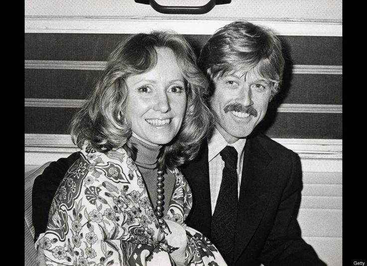 """Robert Redford & Lola Van Wagenen (27 Years) Lola Van Wagenen became Mrs. Robert Redford on Aug. 9, 1958 in Las Vegas, Nevada. They had four children together although their first born son Scott died at age 2 ½ months on Nov. 17, 1959 of sudden infant death syndrome. The """"Butch Cassidy and the Sundance Kid"""" actor and his first wife divorced in 1985. In July 2009, Redford married his longtime partner, Sibylle Szaggars."""