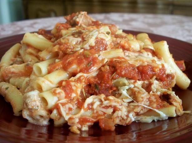 The Best Baked Ziti ~ going to use Greek yogurt instead of sour cream