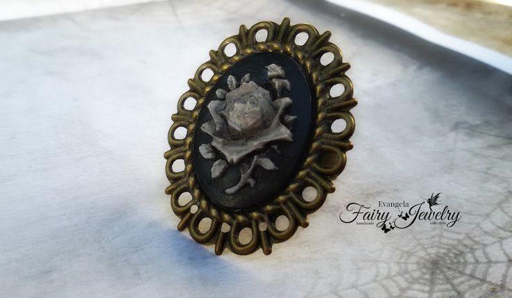 Anello cammeo dark gothic emo rosa nero anticato bronzo regolabile, by Evangela Fairy Jewelry, 5,00 € su misshobby.com