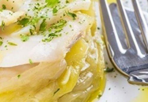 Prepare esta bacalhoada de forno com batata palha
