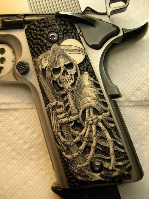 Omg!!!! LOVE!!! Want! Need for my 1911.... Find our speedloader now! http://www.amazon.com/shops/raeind