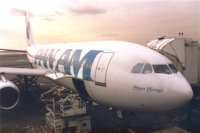 Pan Am A-300 at New York Kennedy Airport, 1988.  Clipper Chicago.