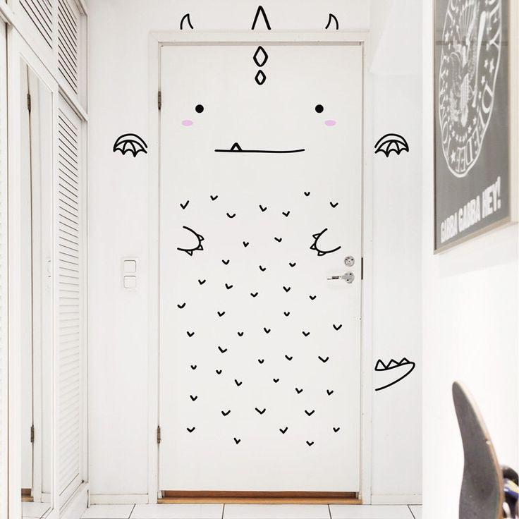 Aaron le décalque charmant Dragon porte / Wall decal pour portes, fenêtres ou placards / Nursery décor / Sticker vinyle Dragon / dinosaure par MadeofSundays sur Etsy https://www.etsy.com/fr/listing/209205833/aaron-le-decalque-charmant-dragon-porte