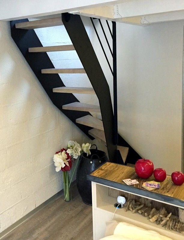 1000 id es propos de garde corps acier sur pinterest limon d escalier m - Tiroir dans escalier ...