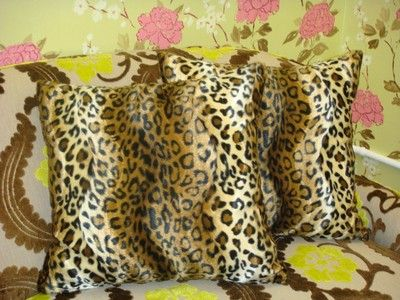 A lovely decorative pillow in animal print, great couch pillows(CHEETAH PRINT) in a faux fur fabric, super in a Den/Study/bedroom/family room and a hallway. Be Chic! - SIZE: 20 X 20 Inch - CHEETAH DE