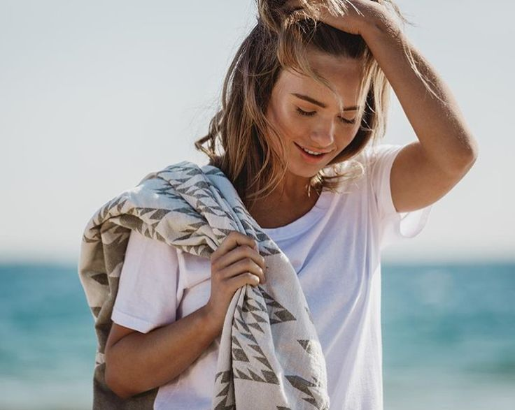 The perfect tee and the perfect towel 👌🏻 Love this pic of Zoe Cross from the new Organic Crew shoot featuring our Khaki Kilim 💕 www.knotty.com.au
