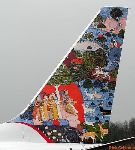 """Air-India Express B737-800 VT-AXI """"Indian art"""" @ BFI"""