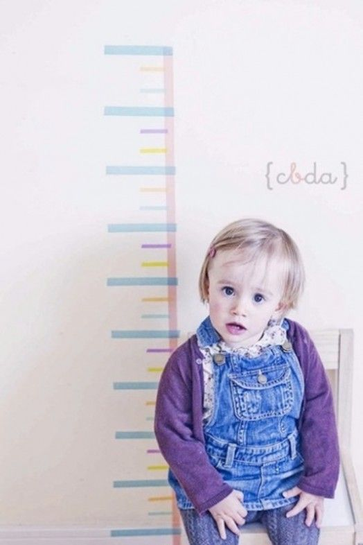 20 Kids Room Washi Tape Crafts - I love this height chart! Then you can mark their height and date on the tape! :)