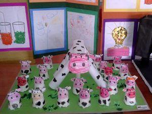 paper-cup-cow-bulletin-board-idea