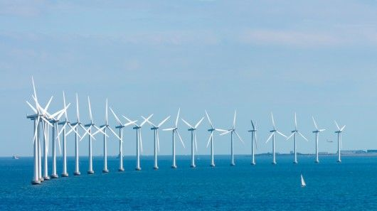 Cape Wind announced Tuesday that it is to receive US$ 2 billion in investment that could see construction on the first offshore wind farm in U.S. waters before the years end.