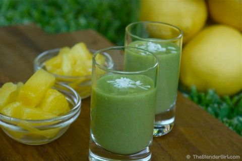 Green Smoothie Recipes. Raw Vegan Pineapple Ice Cream Green Smoothie. This tastes like a melted glass of pineapple ice cream. YUMMO!: Cream Green, Healthy Blender Recipes, Green Smoothies, Pineapple Smoothie, Pineapple Ice Cream, Raw Vegan, Coconut Water