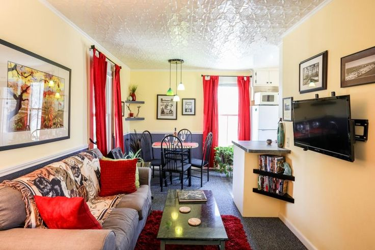 Cyclismo- Suite 2 is a 1 bedroom/ 1 bath accommodation that is located just 2 blocks south of Main Street. You'll love the private balcony. #fredericksburg #texas #tx #guesthouse #beautiful #livingroom #livingarea