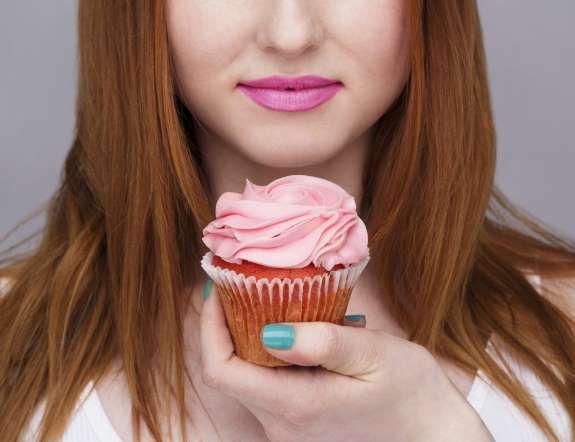 Según los expertos, el consumo excesivo de glucosa deteriora el colágeno y acelera el envejecimiento... - Copyright © 2015 Hearst Magazines, S.L.