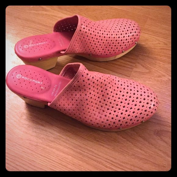 Rockport Adiprene pink Adidas heels The shoes are so cute - pink clogs with wooden bottom Rockport Shoes Mules & Clogs