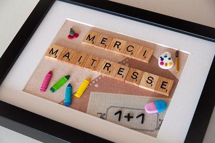Un joli cadeau à offrir à la maîtresse de vos enfants, pour décorer leur bureau de façon originale, avec le célèbre jeux de lettres !  Les lettres « MERCI MAITRESSE » so - 20940456