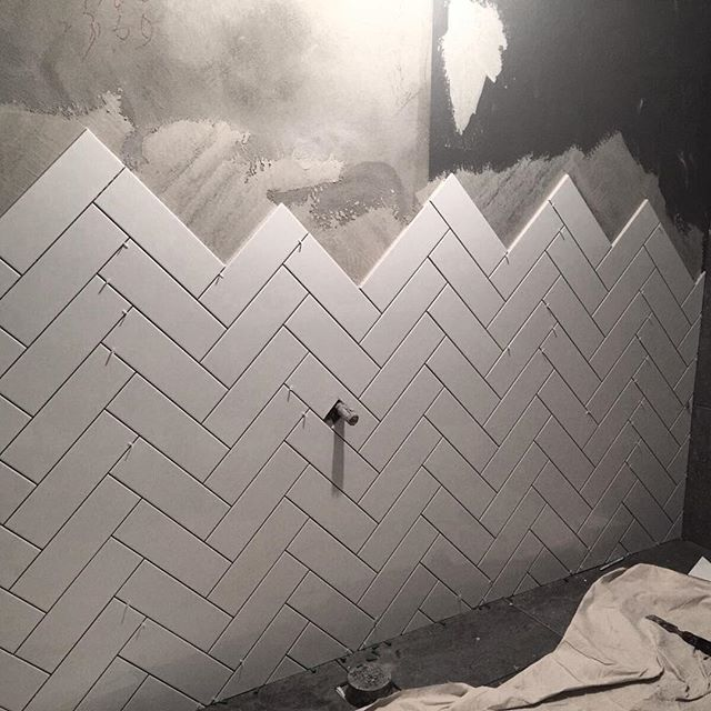 Beautiful Chevron tile going into our Bellevue Hills project... more on this stunning bathroom coming soon! #integritibathrooms #bathroomdesign #interiordesign #tiling #chevrontile #smallspace #smallbathroom #modernhome #modernbathroom #whitebathroom #whiteinteriors #whitetiles #subwaytiles #tiling #tiles #sydneybathrooms #sydneybathroomdesigner #sydneybathroomrenovations #bellevuehills