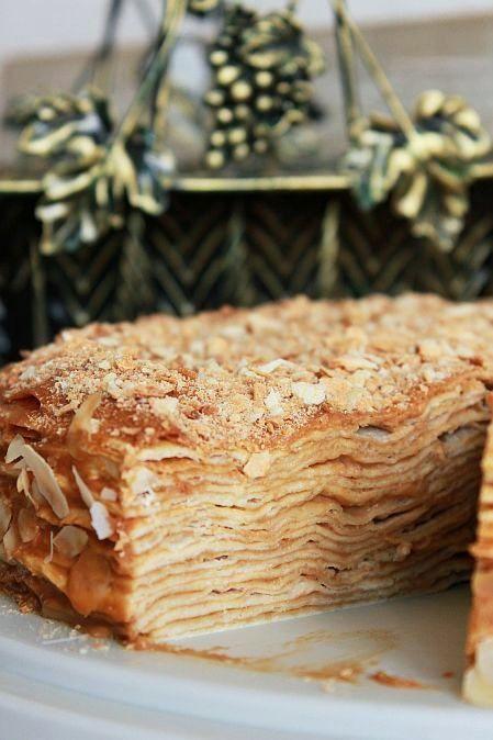 """Вот тут Таня tatiana_karpec давала рецепт вкусного торта """"Крепвиль"""". Мне очень хотелось его воспроизвести, и вот: ИНГРЕДИЕНТЫ (на торт d = 22 см): Тесто для коржей: 80 г…"""