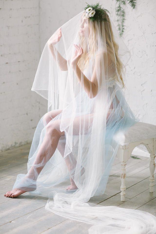 Bridal boudoir with veil ⎪Olga Siyanko and Natalia Savtyra⎪see more on: http://burnettsboards.com/2015/08/blue-botanical-bridal-boudoir/