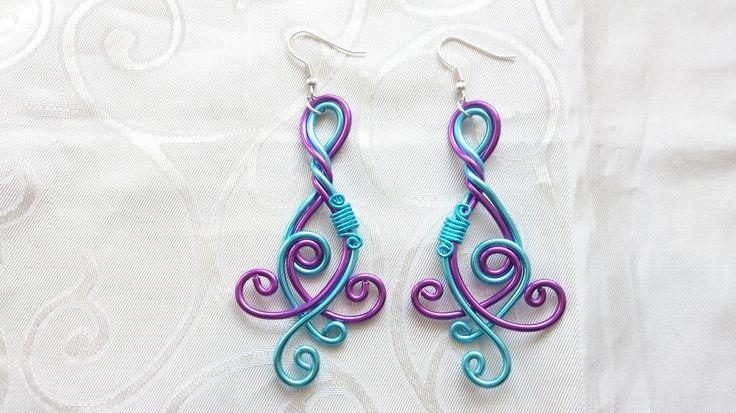 Boucles d'oreille N°33, bijoux fantaisie en fil aluminium violet et turquoise